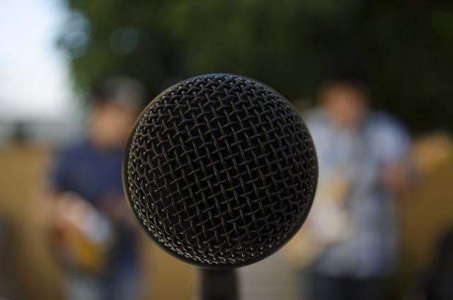 Microfono por Jonas Hösler